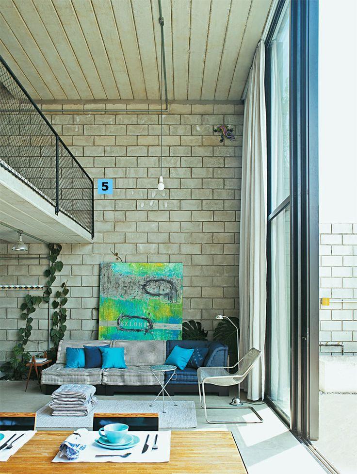 Casa construída com bom gosto e soluções econômicas. ~ Guia da Arquitetura