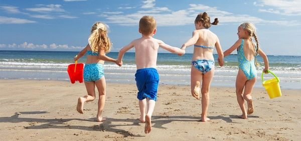 Best Beach Games for Fun In The Sand and Sun | Parenting Magazine Online