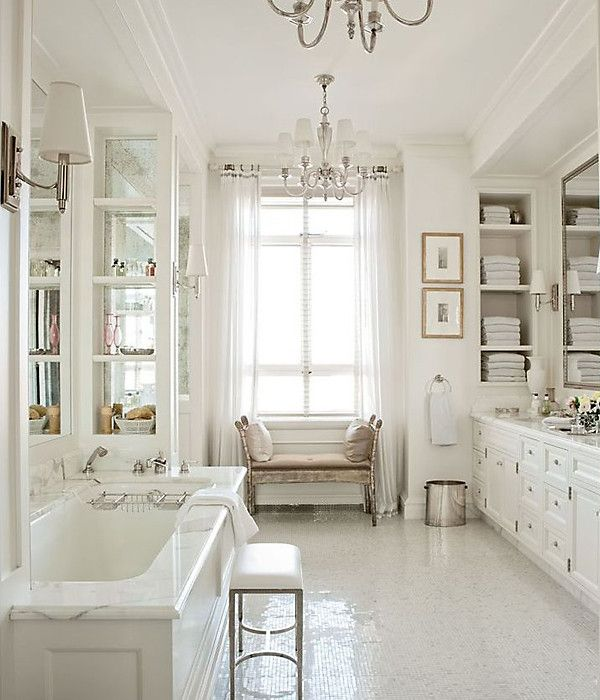 The 15 Most Beautiful Bathrooms On Pinterest: Popular On Pinterest: All-White Everything In 2019