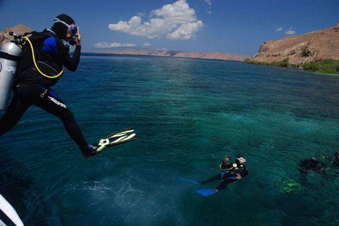 Pulau Komodo menjadi pilihan tepat untuk diving Indonesia January