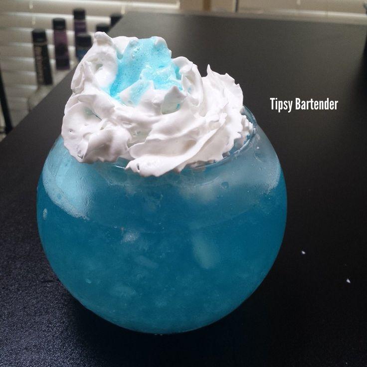Tipsy bartender blue world order blue curacao blueberry for Fish bowl drink tipsy bartender