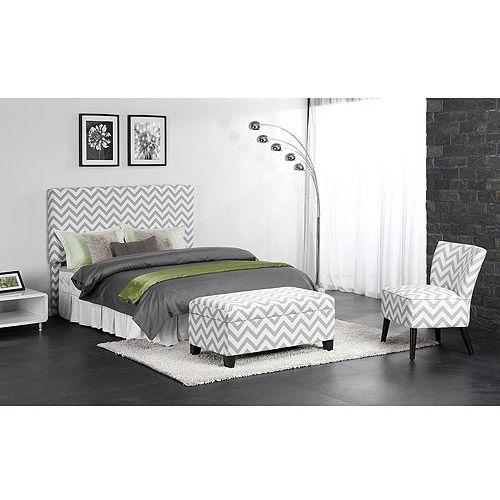 El dormitorio es muy grande y importante y bonita.