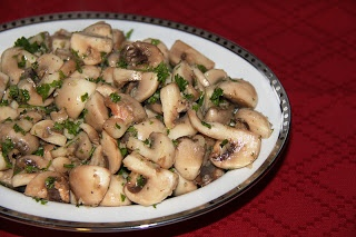 Stranded in Cleveland: White Mushrooms with Garlic and Parsley | Recipe | Sauteed Mushrooms