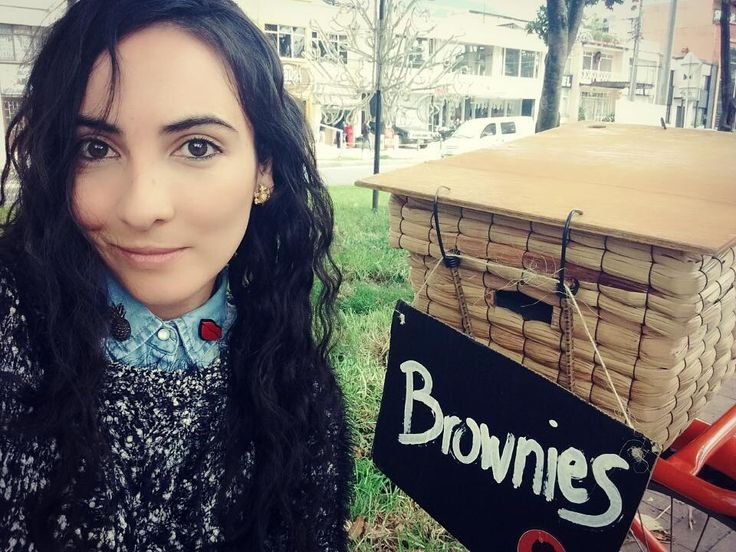 Próxima estación: los #brownies #morenobrownie en el #parkwaybogota qué esperas para toparte con nosotros y endulzar tu tarde? #brownieriamorenobrownie#brownieriaambulante#brownies#toppings#chocolate#chocolatelover#coffee#coffeelover #nutella#arequipe#chocolatechips#love#sweet#reposteriabogota#reposteria#artesanal#artesano#homebaking#homemade#homemadefood#foodbike#bike#cleanfood#happypeople#emprendimiento#motivation#bogotá#colombia