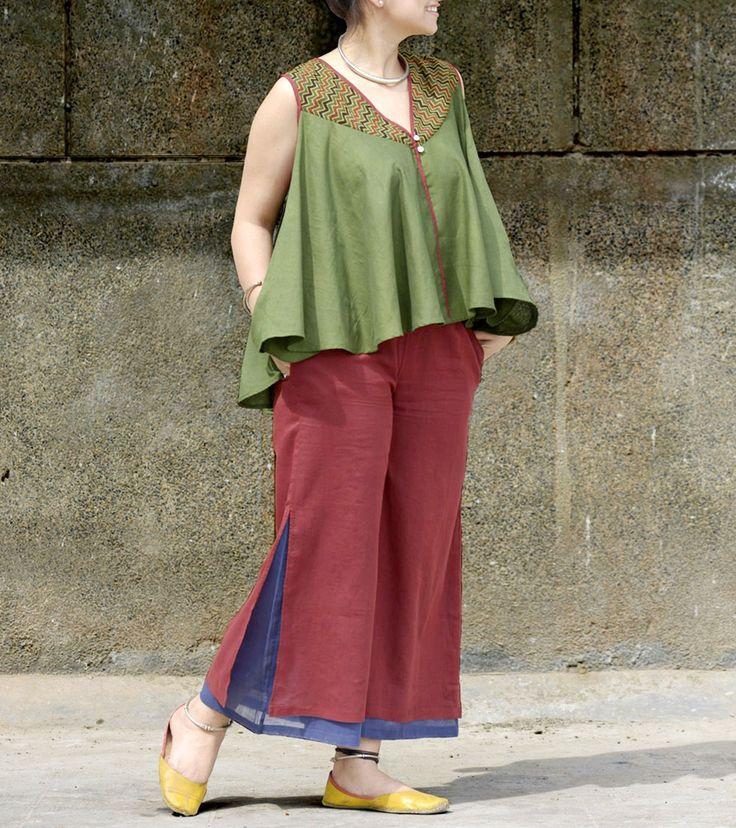 Green Malmal Hand Block Printed & Hand Embroidered Top #designerwear #printed #wraps #drapes #Indianfusionwear