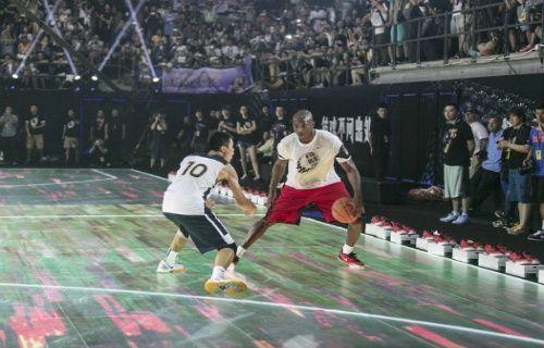 Dünyanın ilk tam dokunmatik basketbol sahası - Nike'dan dünyanın ilk tam dokunmatik hareket sensörlü basketbol sahası