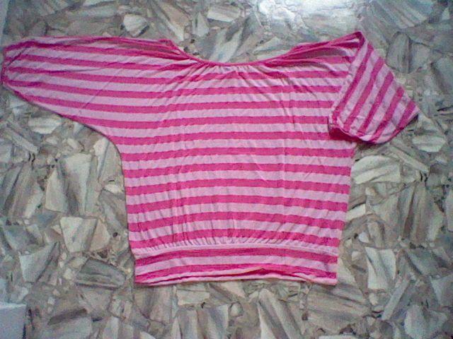 ehr schöne Damen-Shirt Rosa / Rosa Größe: L 44 U-Boot-Ausschnitt Marke: Gina Benotti Muster: Gestreift 3/4 Arm 50% Polyester und 50% Viskose Das Shirt wurde gekauft und nie getragen.   Very nice ladies shirt Pink / Pink Size: L 44 U-Boot-Neck Brand: Gina Benotti Pattern: Striped 3/4 sleeve 50% Polyester and 50% Viscose This shirt has been bought and never worn.   #auktion @auktionatocom