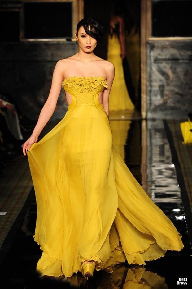 Jad Ghandour 2012/2013 yellow gown (=)