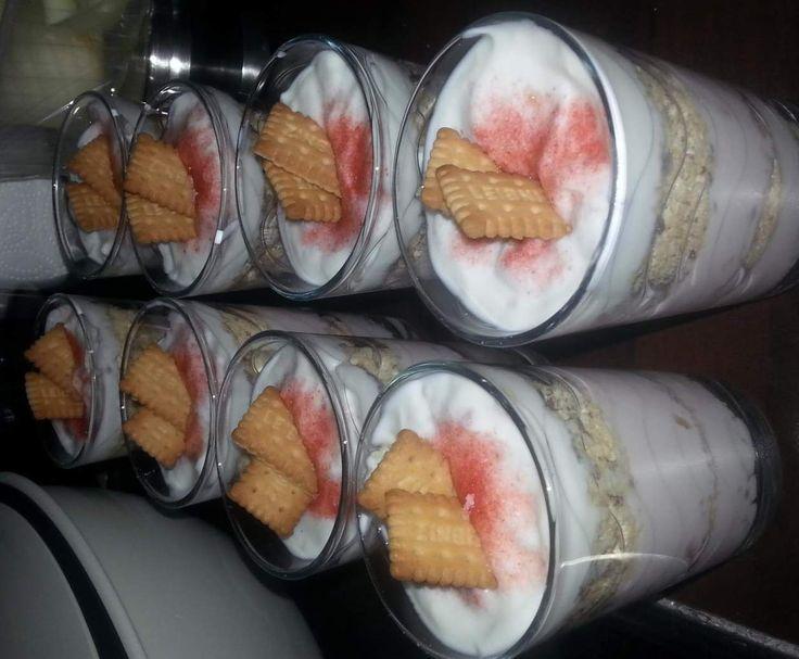 Rezept Erdbeerzuckerdessert im Glas von kraeutermaus24 - Rezept der Kategorie Desserts