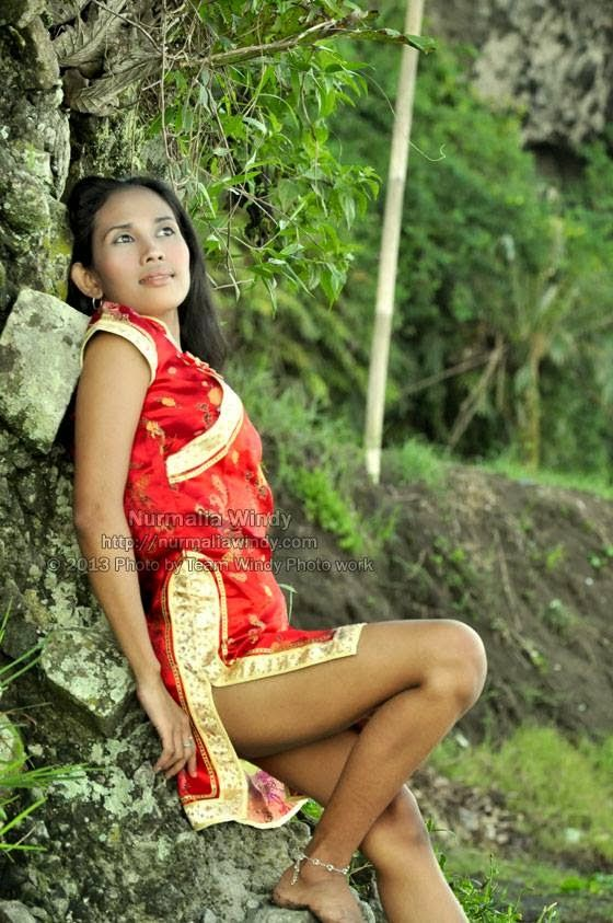 NURMALIA WINDY - Tema Photo : Cheongsam Sexy Girl | Photographer : TeamWindy Photography | Talent : Nurmalia Windy | Location of Shoot : Seb...