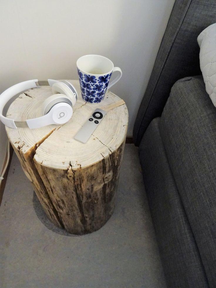 Sängbord/ bedside table. DIY!  En stock som fått torka i cirka 1 år. Sedan slipad och vitbetsad.