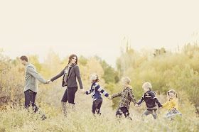 Jen's Lists: Posing Ideas for Family of 6 to 7