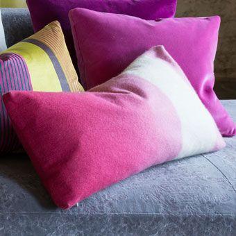 Padua Magenta - Beautfiul Shaded Wool Cushion