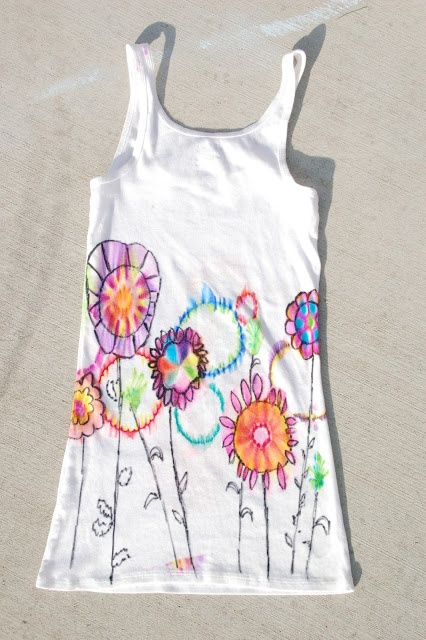 Easy DIY tie-dye (using Rubbing Alcohol  Sharpie Pens)
