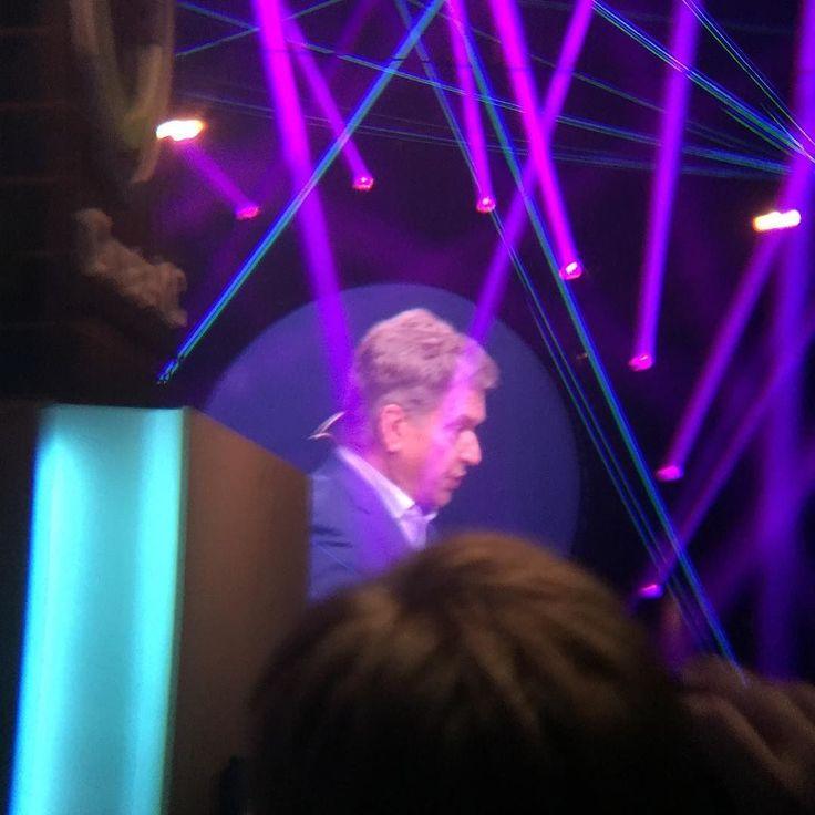 Opening speak for @slushhq President Niinistö #slush2017 #kickass