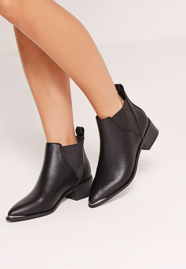 Missguided - Pointed Toe Metal Detail Ankle Boots Black