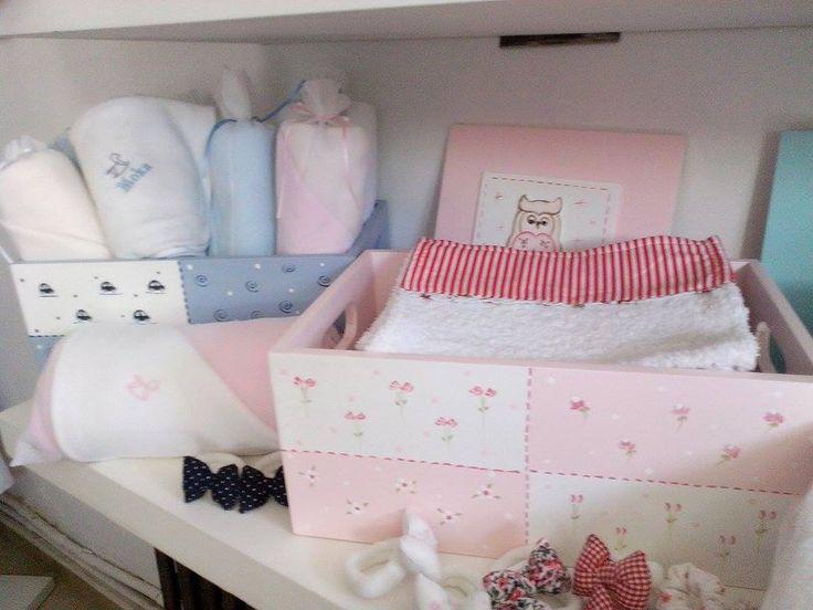 Cajas organizadoras pintadas a mano cosas bebe - Cajas decoradas para bebes ...
