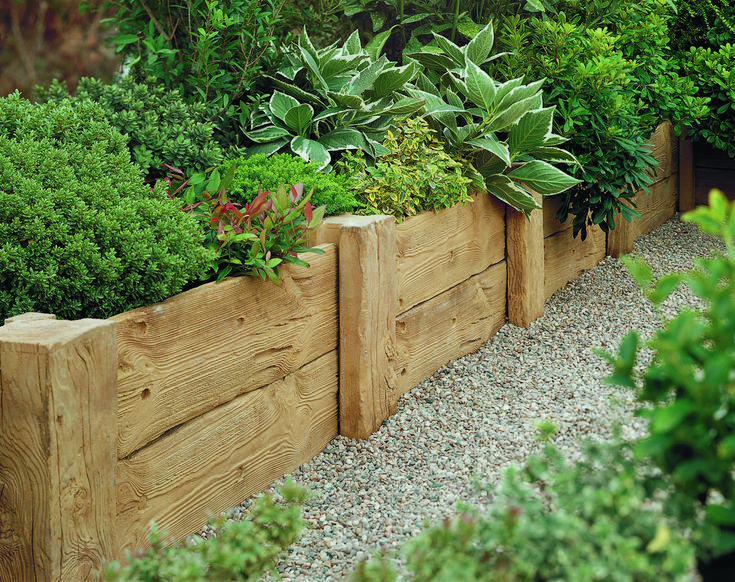 Pin By Kelly Gmbh On Backyard Flower Beds In 2020 Wood Garden Edging Garden Edging Easy Garden