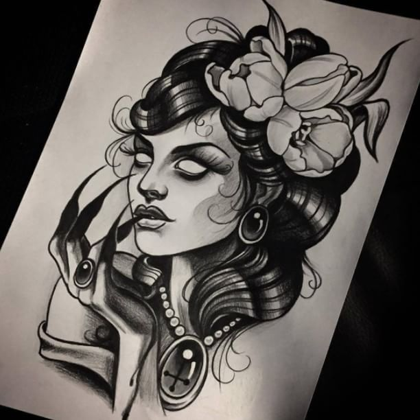 Tattoo Design Woman Face: Best 25+ Traditional Butterfly Tattoo Ideas On Pinterest