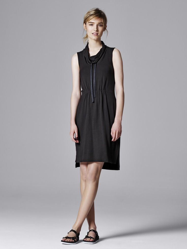 Athletic inspired details make a summer lbd perfect for for Boutique en ligne vera wang