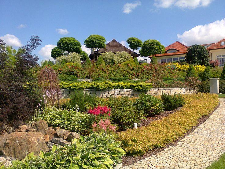 Garden-design. Landscape architecture garden.PROJEKTOWANIE OGRODÓW  KIELCE PROJEKT OGRODU I WYKONANIE. DUŻY OGRÓD Z OCZKIEM WODNYM