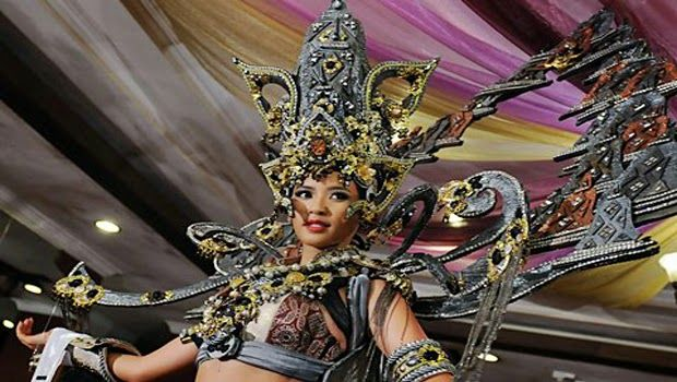 """Best National Costume"" Dalam Miss Universe 2015"