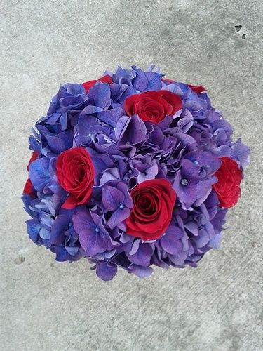 Purple And Red Hydrangea Wedding Bouquets Red Roses With