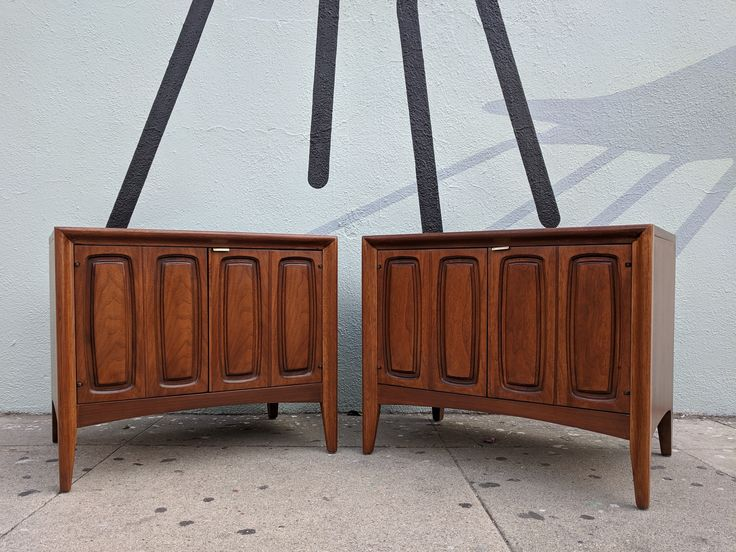 Best Mid Century Refinished Walnut Nightstands End Tables By 400 x 300