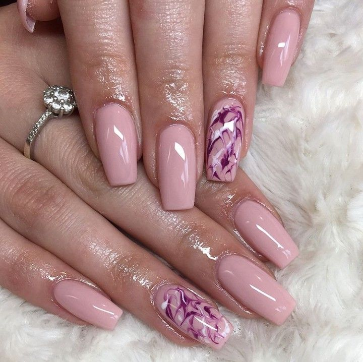 25 9k Likes 130 Comments Ulta Beauty Ultabeauty On Instagram A Muted Lilac Is The Perfect End Of Summer Nail Colo Unhas Bonitas Unhas Ideias Para Unhas