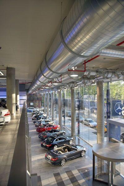Mercedes benz manhattan offices new york designed by for Mercedes benz of manhattan new york city