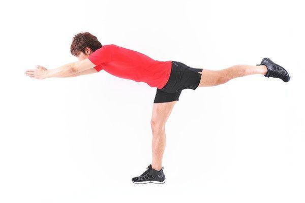 「レッグバランス」で一度に多くの筋肉を刺激!基礎代謝も大幅アップ