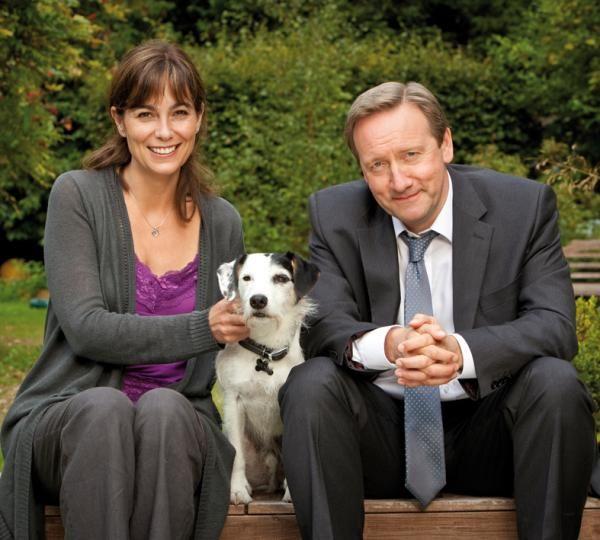 Inspecteur Barnaby : Neil Dudgeon, Fiona Dolman,  Sykes, le fox terrier