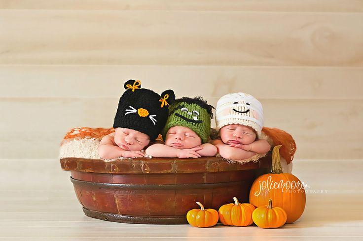 Triplets, newborn triplets, Halloween, Halloween triplets, Kentucky newborn photographer