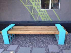 Diy outdoor seating made of cinderblocks and landscape for Landscape timber bench
