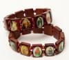 Saints Bracelet  Wood beads/Elastic. Asst traditional images of various saints. One size. (Item #27057)