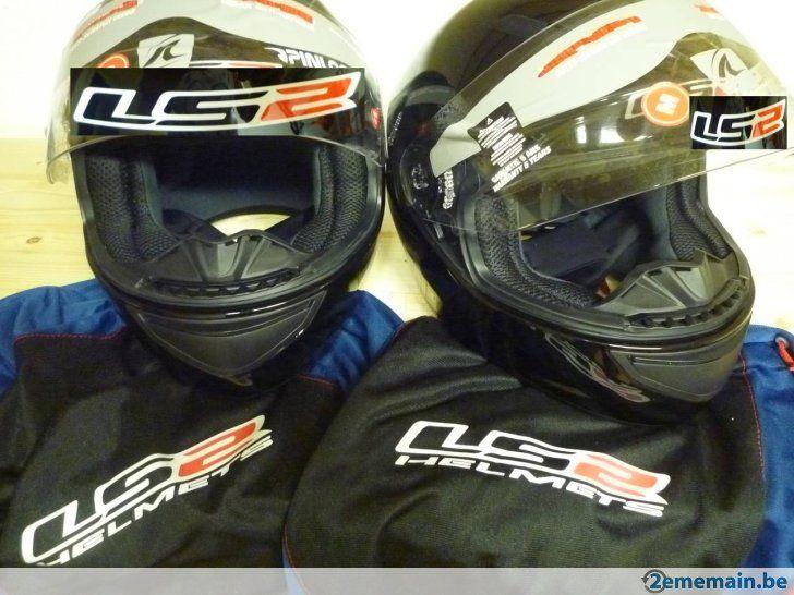 A vendre : deux nouveaux casques de moto. - A vendre
