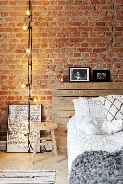 """L'édition Home Challenge continue avec cette fois ci le thème """"Les briques dans la déco"""". Pour cette nouvelle édition, j'ai décidé de vous montrer comment utiliser les briques pour chaque pièce de la maison.  Quand on parle de brique dans la déco, nous vient souvent à l'esprit ces g"""