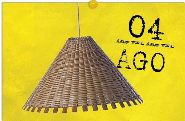 Rica en fibra - AD España, © Benjamín Alcázar Sacia tu hambre decó con esta lámpara de pantalla de mimbre y estructura de forja (55€), en Colindante. Es beneficiosa para la salud (visual) y cubre la cantidad diaria recomendada de buen gusto.