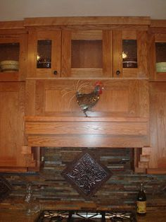 What molding do you have on craftsman/shaker style cabinets? - Kitchens Forum - GardenWeb