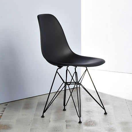 Vitra dsr eames plastic side chair dsr with vitra dsr for Replica vitra