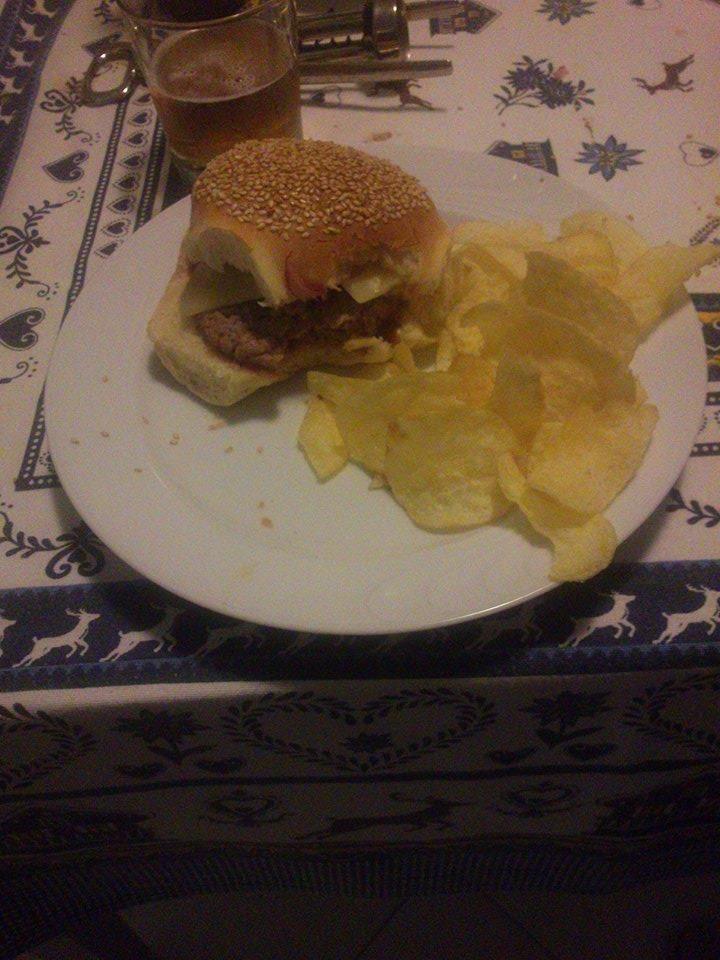Préférence Oltre 25 fantastiche idee su Panini con hamburger fatti in casa su  BK74