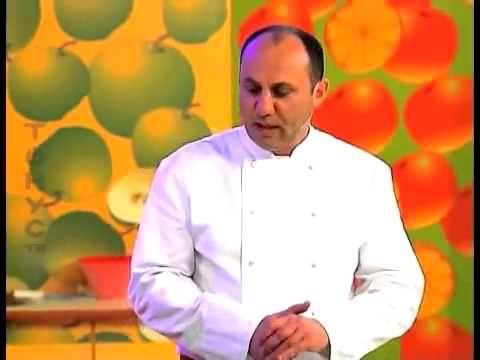 """Отварная курица под соусом """"сациви"""" рецепт от шеф-повара / Илья Лазерсон..."""
