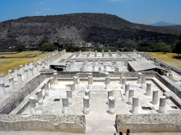 Imagen de #Tula, uno de los sitios arqueológicos mejor conservados en el continente. Se encuentra en el estado mexicano de #Hidalgo.