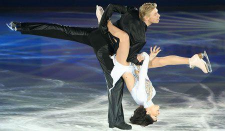 Les patineurs sur glace, Isabelle Delobel et Olivier Schoenfelder