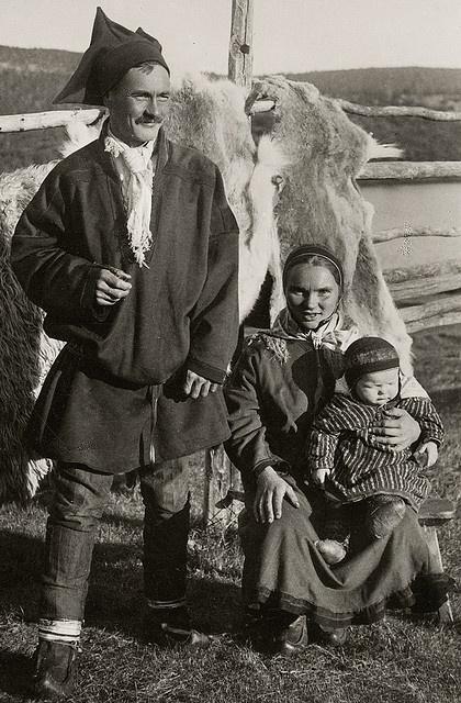 Saami family, Utsjok (early 1900)