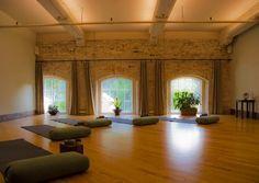 12 best AEROBICS ROOM images on Pinterest | Yoga rooms, Meditation ...