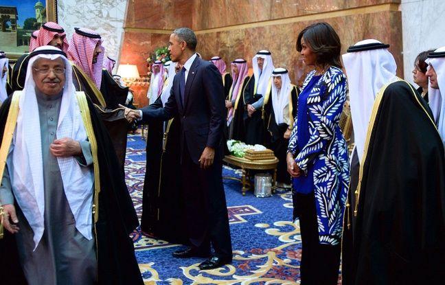 Exclusif : La photo de Michelle Obama non voilée était un fake - http://boulevard69.com/exclusif-la-photo-de-michelle-obama-non-voilee-etait-un-fake/