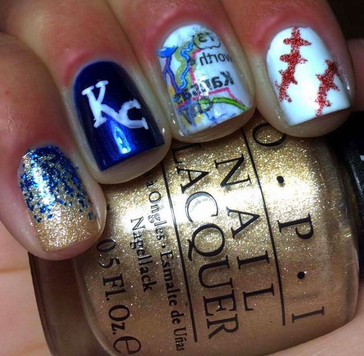 Show your Royals pride with a KC Manicure!  Nails by an OPI Addict: Kansas City Royals Nails
