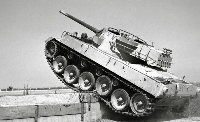 BUICK M18 'HELLCAT' TANK DESTROYER: WWII HOT ROD! M18-Hellcat-Test-Milford-Proving-Ground