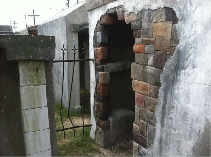 Necropolis 13 13th gate haunted house pinterest for 13th door haunted house